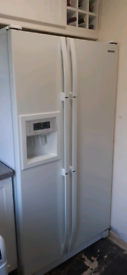 Samaung American Style Fridge-freezer