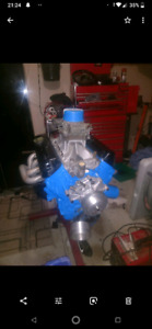 Holly 600 cfm carburetor