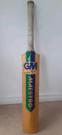 Gunn & Moore Willow Cricket Bat