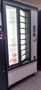 Crane National Shoppertron 430 Cold Food Vending Machine
