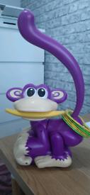 *Free* chasing monkey game