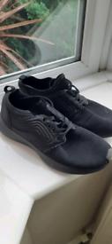 Ladies Black RunningTrainers Size 5 VGC Comfortable