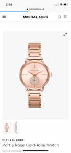 Selling brand new Michael Kors watch!*Gift reciept +bag included