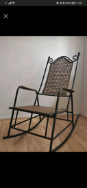 ROCKING CHAIR (NEED GONE)