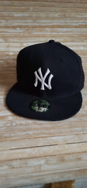 Official on field cap New York - black