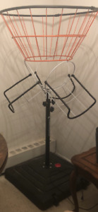 Portable basketball net with stand &4basketballs(all brand new)
