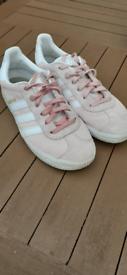 Girls Pink Adidas Gazelle Trainers Size 3