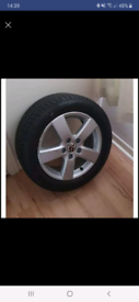 Single alloy wheel with tyre