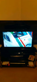 """Samsung 32"""" LCD freeview hd tv"""