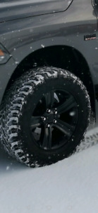 Like new Toyo MT Open Country 295-65R20 and Rims !!