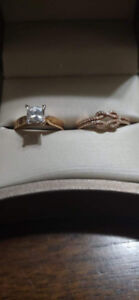 18k rose gold solitaire engagement ring with 1 ct. Moissanite