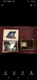 Microsoft Surface Go 2 10.5 - Intel Pentuim Gold - 8 GB RAM