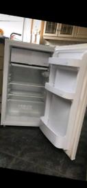 Under counter Fridge freezer in good working order