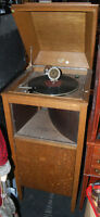 "Antique Phonograph ""Pathe"" / Record Player - MINT CONDITION"