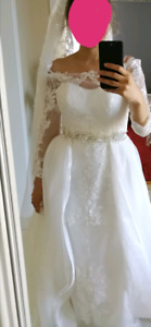 WEDDING DRESS FOR SALE never used
