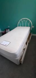 Single drawer divan bed