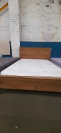 Pine effect kingsize bed frame n