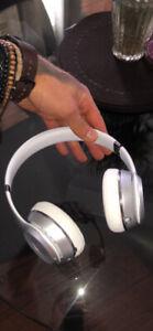 White Solo 3 Wireless Beats by Dre.