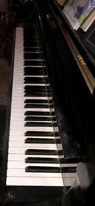 Yamaha Baby Grand Piano Excellent Condition