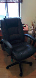 Office swivel chair with massage