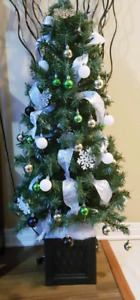 4ft. Potted Pre-lit Christmas tree with Ornament