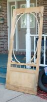 WOODEN SCREEN DOOR (DOUBLE SWINGING HINGES)