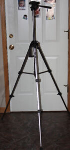OPTEX T265 CAMERA TRIPOD WITH QUICK RELEASE PLATE
