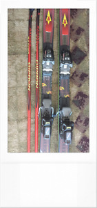 Rossignol Ski with poles (2m long)