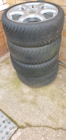 4 RIMS (UNIVERSAL FIT), Tyres free.