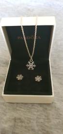 Pandora Christmas set