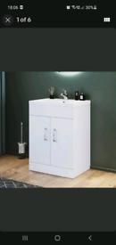 Basin and vanity 600mm wide x 450mm deep