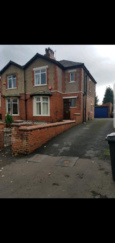 3 bedroom semi-detached house, Heath Road Halifax with ...