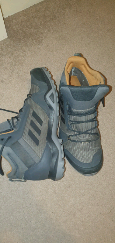 TERREX AX3 MID GORE TEX HIKING SHOES SIZE 11.5 UK   in Sale, Manchester   Gumtree