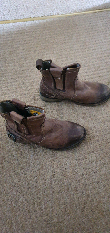 4bc3ae36517 Leather bike boots   in Swansea   Gumtree