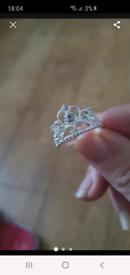 Tiarra ring