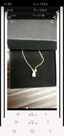 Silver boxed diamante necklace