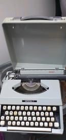 Imperial Signet Typewriter