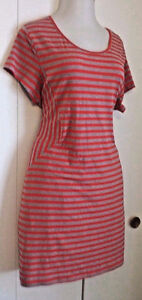 Keyhole Striped Hourglass Illusion Red Grey BodyCon plus size dr