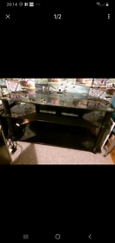 Glass TV/unit table