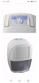Delonghi DEM10 10L Compact Dehumidifier with humidistat
