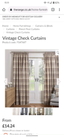 Lovely checked curtains - 2 pairs