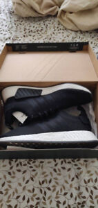 New Adidas NMD R2 Core Black Size 12