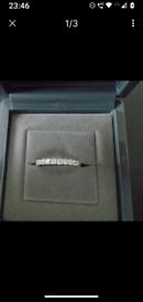 BEAUTIFUL BEAVERBROOKS PLATINUM DIAMOND RING .26CT COST £1300 NEW IN F