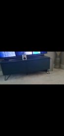 Made com TV Unit / Stand