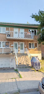 Lachine 4-1/2 ready to move in, $700