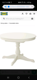 White round extendible table and 4 dining chairs