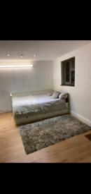 Studio flat IG1 1SR