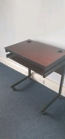 Office desks on wheels