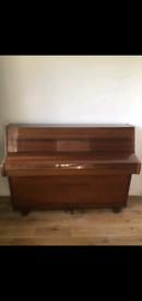 Zender Upright Piano Mahogany Polyester