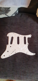 EMG Stratocaster pearl finish pickguard